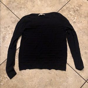 Black light weight sweater / blouse